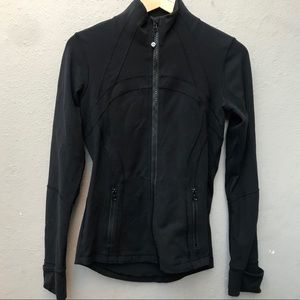 LULULEMON 6 black jacket
